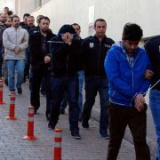 بازداشت پرسنل سابق ترکیه